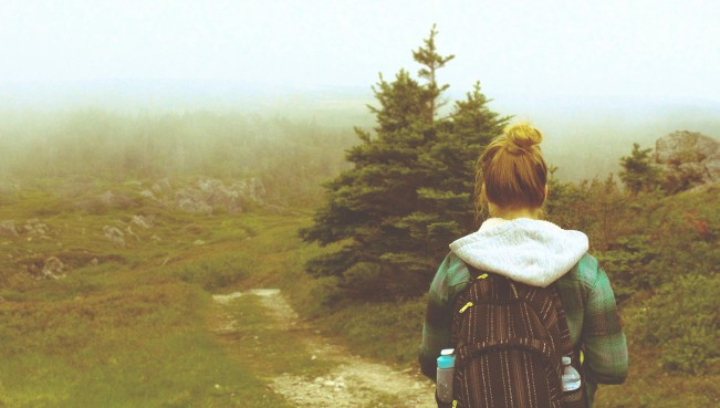 3-tips-para-lograr-tus-objetivos-chica-en-camino